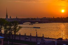 Sunset at 11pm during the White Nights of summer - St. Petersburg, Russia