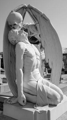kiss of death Pablo nou cemetry barcelona Fantasy Kunst, Fantasy Art, Renaissance Kunst, Arte Obscura, Kiss Of Death, Cemetery Art, Angel Statues, Greek Art, Aesthetic Art