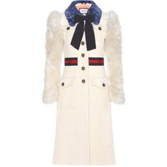 Gucci Shearling-Trimmed Cotton, Mohair and Alpaca Coat (21.575 BRL) ❤ liked on Polyvore featuring outerwear, coats, gucci, jackets, white, mohair coat, alpaca wool coats, white coat and gucci coat