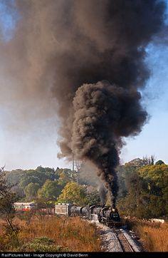 Smoke & Steam ~ Classic Look ~ Class 24 No 3664 South African Railways Steam at Cullinan, South Africa by David Benn ~ BFD Locomotive Engine, Steam Locomotive, South African Railways, Old Steam Train, Train Truck, Bonde, Old Trains, Ferrat, Train Engines