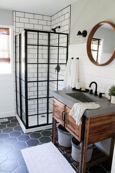 Are you searching for ideas for farmhouse bathroom? Browse around this website for amazing farmhouse bathroom inspiration. This kind of farmhouse bathroom ideas seems to be absolutely brilliant. Modern Farmhouse Bathroom, Modern Bathroom Design, Bathroom Interior Design, Modern House Design, Home Interior, Farmhouse Decor, Bathroom Designs, Bathtub Designs, Parisian Bathroom