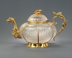 Rock crystal teapot, circa 1700, German (Dresden) mounts and Indian (Mughal) crystal