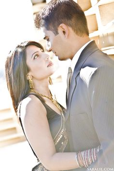 I love engagement sessions!!!    http://saralil.com/category/engagement-sessions/page/2/