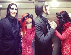 Ash Costello and Chris Motionless  <3 So cute