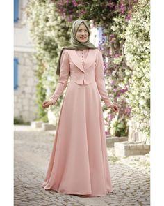 Rana Zen - Endam Elbise - Pudra Source by dresses muslim Dress Muslim Modern, Muslim Dress, Women's Dresses, Afghan Dresses, Muslim Women Fashion, Islamic Fashion, Kebaya Muslim, Abaya Fashion, Fashion Dresses