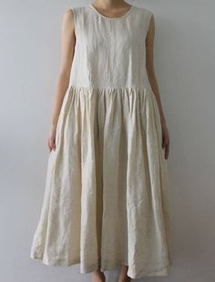 [Envelope Online Shop] Olga Lisette dress - Natural sleeveless linen dress/jumper with hidden side pockets, gathered skirt Beautiful Outfits, Cool Outfits, Mori Fashion, Gothic Fashion, Vestidos Vintage, Mori Girl, Linen Dresses, Clothing Patterns, Dress Up