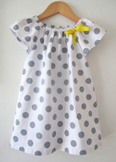 Frocks For Girls, Little Dresses, Little Girl Dresses, Girls Dresses, Simple Dress Pattern, Baby Dress Patterns, Kids Frocks Design, Baby Frocks Designs, Polka Dot Summer Dresses