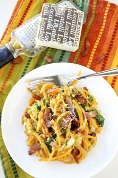 Creamy Butternut Squash Noodles with Bacon and Spinach #fastmetabolism Spiral Vegetable Recipes, Veggie Recipes, Wine Recipes, Cooking Recipes, Healthy Recipes, Zoodle Recipes, Veggie Meals, Butternut Squash Noodle, Squash Noodles