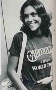 Image result for karen carpenter 1975