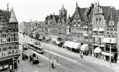 Spangen 1950 De Schiedamseweg, hier was ook het Princes Theater. Rotterdam, Paris Skyline, New York Skyline, Holland America Line, Netherlands, Dolores Park, The Past, Around The Worlds, Street View