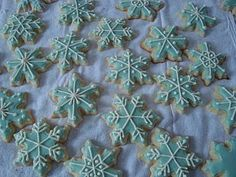 beautiful snowflake cookies!