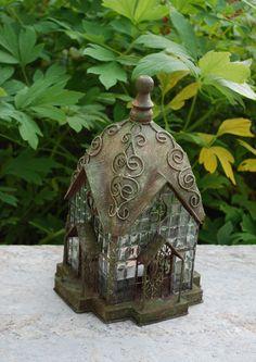 I ♥ birdhouses.