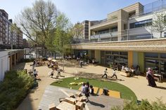 Image 16 of 33 from gallery of Marlborough Primary School / Dixon Jones. Photograph by Paul Riddle Outdoor Classroom, Outdoor School, Space Architecture, School Architecture, Outdoor Learning Spaces, Public Space Design, School Building, The New School