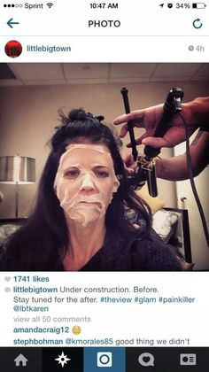Check it out! Karen Fairchild of Little Big Town put on an It Works Facial Wrap and posted a selfie on Instagram! Everyone loves our wraps!  www.sanjoseskinnywraps.com #CheckItOut #Look #Celebs #Celebrities #LittleBigTown #LoveIt #ItWorks #SanJose #Facial #FacialWraps #Wraps #ItReallyWorks #TryIt #RealPeople #RealResults #Instagram #Selfie #Instafamous