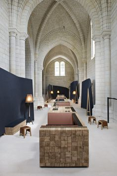 Historic priory transformed into a modern hotel and restaurant. Agence Jouin Manku transforms Saint-Lazare priory into modern hotel and restaurant Restaurant Design, Hotel Restaurant, Restaurant France, Hotel France, Architecture Design, Haunted Hotel, Adaptive Reuse, Adaptive Design, Hotel Interiors