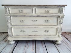 French Vintage Shabby Chic Drawer Dresser with marble top by TheYellowCanopy My Furniture, Furniture Projects, Furniture Makeover, Painted Furniture, Vintage Shabby Chic, French Vintage, Shabby Chic Drawers, Interior Design Tips, Dresser Drawers