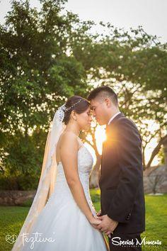 Boda Jhoselyn Casanova & Luis Escalante  Fotografía y video: Special Moments  Locación sesión de fotos y locación banquete: Hacienda San Diego Tixcacal  #wedding #boda #weddingday #Merida #Yucatan #Mexico