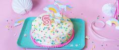 Wir haben einen tollen Einhorn-Geburtstagskuchen für euch! Der ist ruckizucki gemacht, perfekt für den Kindergeburtstag und super lecker! Hier das Rezept...