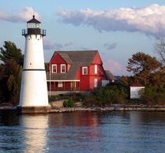 Rock Island Lighthouse, St. Lawrence Seaway