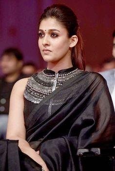 bollywoodmirchitadka: Nayanthara Awesome Look At SIIMA Awards 2017 Still. Sari Blouse Designs, Saree Blouse Patterns, Indian Attire, Indian Wear, Indian Style, Indian Dresses, Indian Outfits, Nayanthara Hairstyle, Churidar Designs