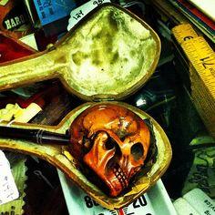 Skull pipe.