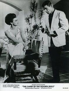 STEPHEN BOYD GIOVANNA RALLI THE CAPER OF THE GOLDEN BULLS 1967 VINTAGE PHOTO #3
