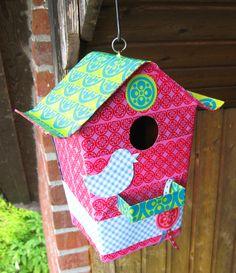 package tape DIY bird house [aufgepepptes Vogelhäuschen :)]  #tape #packingtape #packes