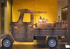 DOLCE & GABBANA Via della Spiga, 2 Milan #dolceandgabbana #personalshopper #silkgiftmilan