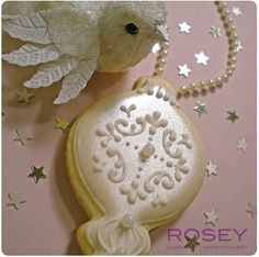 Shimmering Ornament cookies