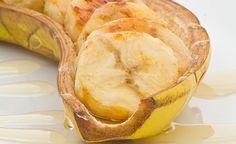 Gebackene Bananen mit Mandeln und Sesam
