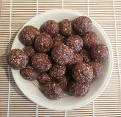 Slimming world Healthy B option Energy Balls Snack food recipe
