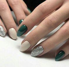 Beautiful Nail Art, Gorgeous Nails, Sns Nails Colors, Green Nails, Stylish Nails, Trendy Nails 2019, Winter Nails, Winter Nail Art, Christmas Nails