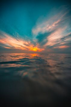 Sunset Background, Lights Background, Grey Art, Beautiful Nature Wallpaper, Water Photography, Beautiful Sunrise, Abstract Backgrounds, Wall Prints, Aesthetic Wallpapers