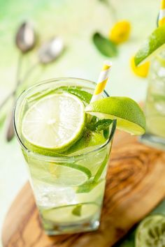 This Mojito Water is a refreshing infused water with bright limes and cool mint - make it in minutes! Inspired by the Oscar nominated film, Mad Max: Fury Ro Lime Infused Water, Strawberry Infused Water, Infused Water Recipes, Infused Waters, Juice Recipes, Drink Recipes, Dinner Recipes, Refreshing Drinks, Yummy Drinks