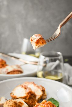 Healthy Chicken Parmesan {Air Fryer   Oven}   The Foodie and The Fix Healthy Chicken Parmesan, Healthy Chicken Dinner, Crispy Chicken, Marinara Recipe, Chicken With Olives, What Recipe, Ww Points, Cooking With Olive Oil, Kid Friendly Dinner