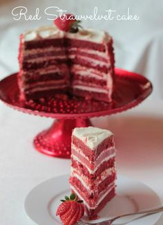 Luxurious gluten free Red Strawvelvet cake by Andante Gusto
