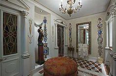 Bathroom Entry: Versace Mansion in Miami Beach Casa Versace, Versace Miami, Versace Mansion, Versace Home, Gianni Versace, Celebrity Mansions, Celebrity Houses, Casa Casuarina, Huge Houses