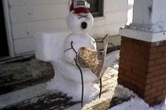 The Most Hilarious Snowmen Ever Built - Answers.com