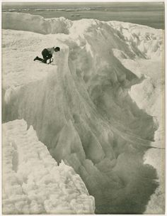 """Shackleton"""" Antarctic Expedition, Photo by Frank Hurley, (1914)"""