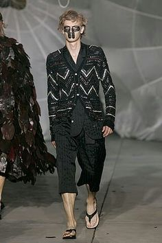 Alexander McQueen 2006 collection. I want that outer jacket.