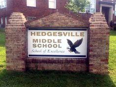 Hedgesville, West Virginia, Berkeley County, West Virginia, Hedgesville Middle School sign. West Virginia, Middle School, Secondary School