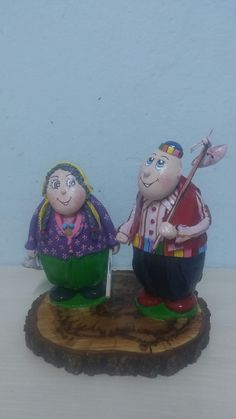 Keloglan ve anası Rope Crafts, Stone Art, Stone Painting, Gourds, Rock Art, Painted Rocks, Snow Globes, Projects To Try, Inspire