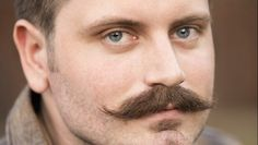 Growing a mustache is only half the battle. The other – and arguably more important – half is the ability to maintain it. Soul Patch, Mustache Grooming, Beard No Mustache, Moustaches, Moustache En Crocs, Growing A Mustache, Handlebar Mustache, Mustache Styles, Upper Lip