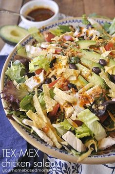 Tex-Mex Chicken Salad - amazing recipe to try that's perfect for spring. Yum! #chickensalad