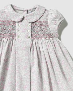 {Traditional and tailored made newborn baby housecoat, offers the best solution. Smocked Baby Clothes, Girls Smocked Dresses, Little Girl Dresses, Cute Dresses, Smocked Clothing, Smocking Baby, Smock Dress, Toddler Dress, Body