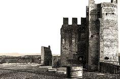 castello di Valeggio sul Mincio, provincia di Verona. 45°21′00″N 10°44′00″E