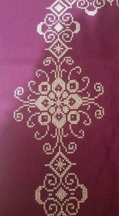 This Pin was discovered by Hül Biscornu Cross Stitch, Cross Stitch Borders, Cross Stitch Designs, Cross Stitching, Cross Stitch Patterns, Hand Embroidery Design Patterns, Needlepoint Patterns, Easy Crochet Patterns, Quilt Patterns