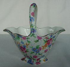 Lovely Vintage Porcelain Royal Winton Old Cottage Chintz Handled Basket