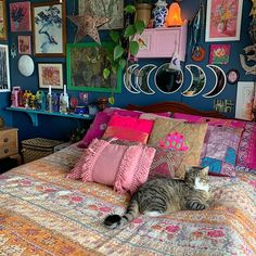 Quirky Bedroom, Bohemian Bedroom Decor, Bohemian House, Bedroom Inspo, Cute Girls Bedrooms, Cute Bedroom Ideas, House Rooms, Room Inspiration, Living Room Designs