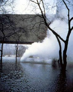 Olafur Eliasson, Your Natural Denudation Inverted,winter 1999–2000. An installation in the courtyard of the Carnegie Museum, Pittsburgh, that used steam as a medium for what can be considered a representational sculpture.